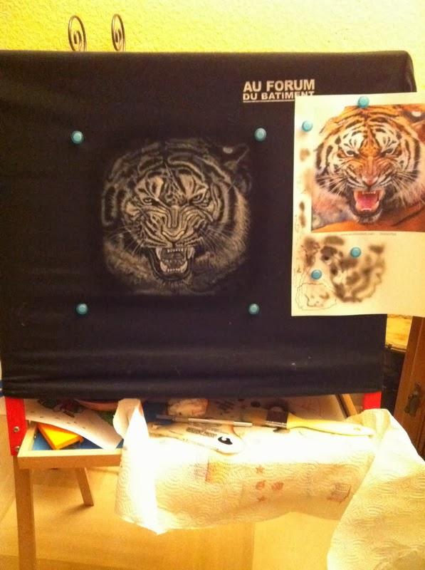 photo(4) tuto et pas a pas tigre sur teeshirt peinture aérographe