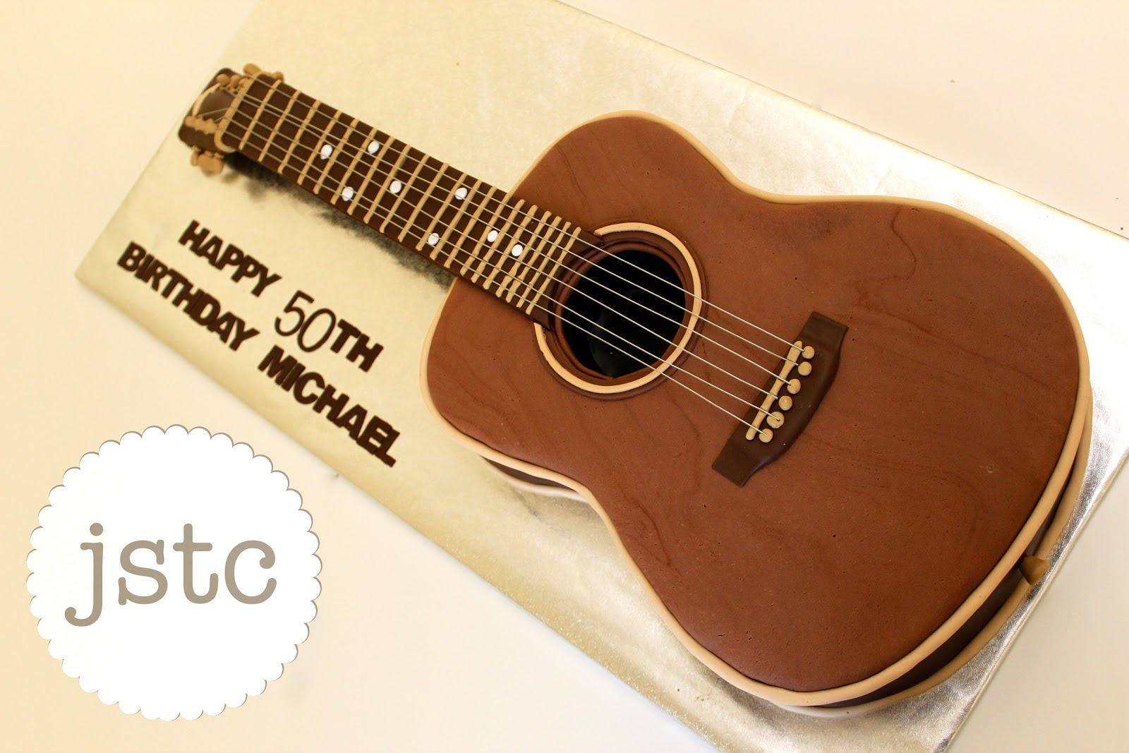 jemma s sweet treat catering acoustic guitar cake
