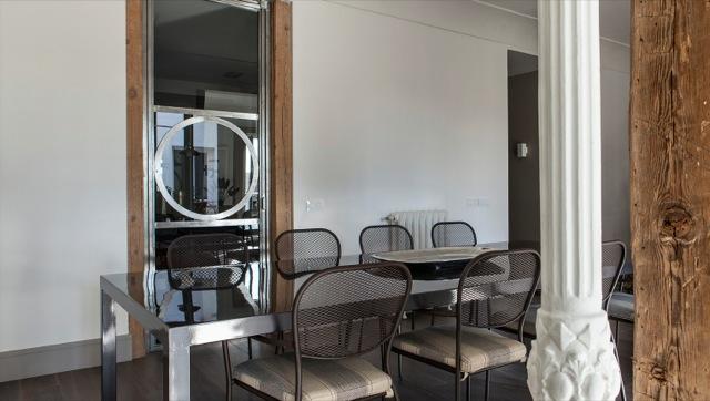 Un interiorismo elegante y sofisticado elegant and sofisticated interior design - Pilares de hierro ...