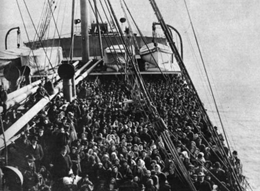 immigration in australia post world war Post-1945 immigration policy world war ii dramatically underlined the vulnerability of an underpopulated australia, and acting prime minister frank forde put forward the need for a scientific migration policy – speculating on a postwar goal of 70 000 a year – in august 1945.