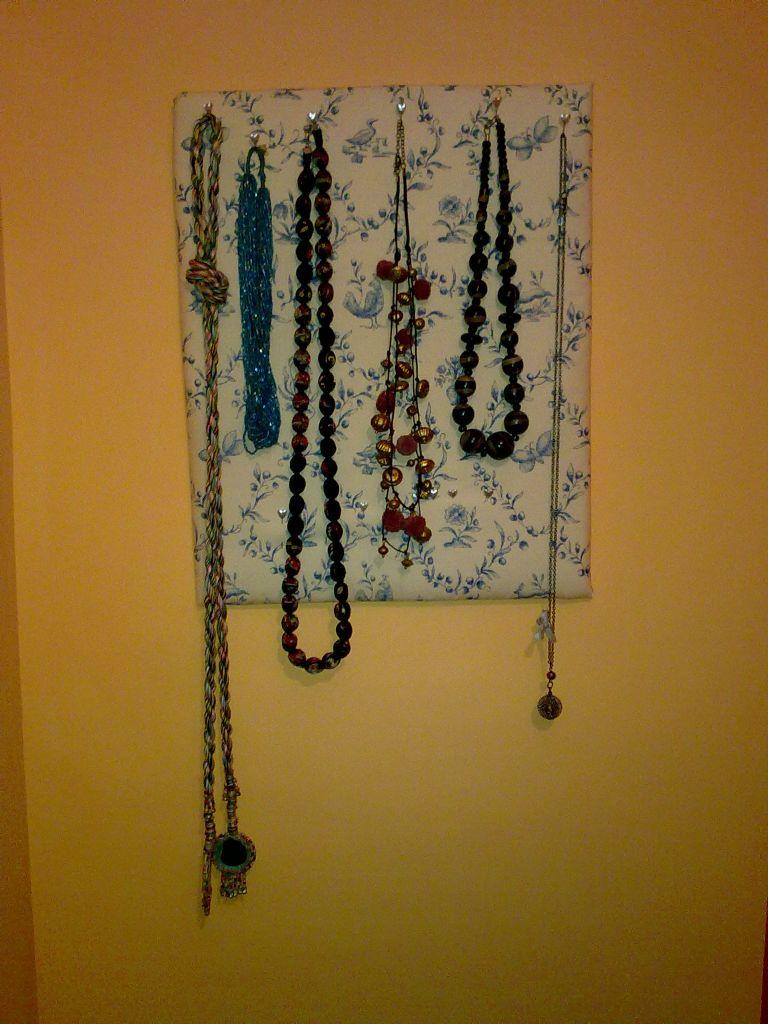 Patrones de costura colgador de collares - Colgador de collares ikea ...
