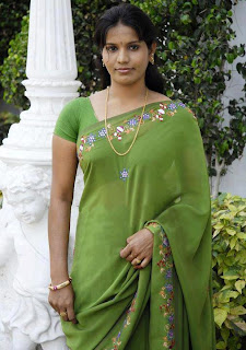 Homely Tamil girl with minimum make up.