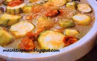 Cara membuat sayur oyong soun