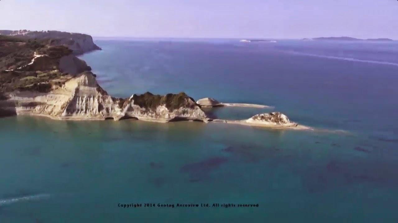 Η Κερκυραϊκή ακτογραμμή σε μια μοναδική λήψη από ελικόπτερο!