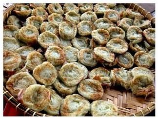 kuih jala mas merupakan sejenis hidangan kuih tradisional melayu yang