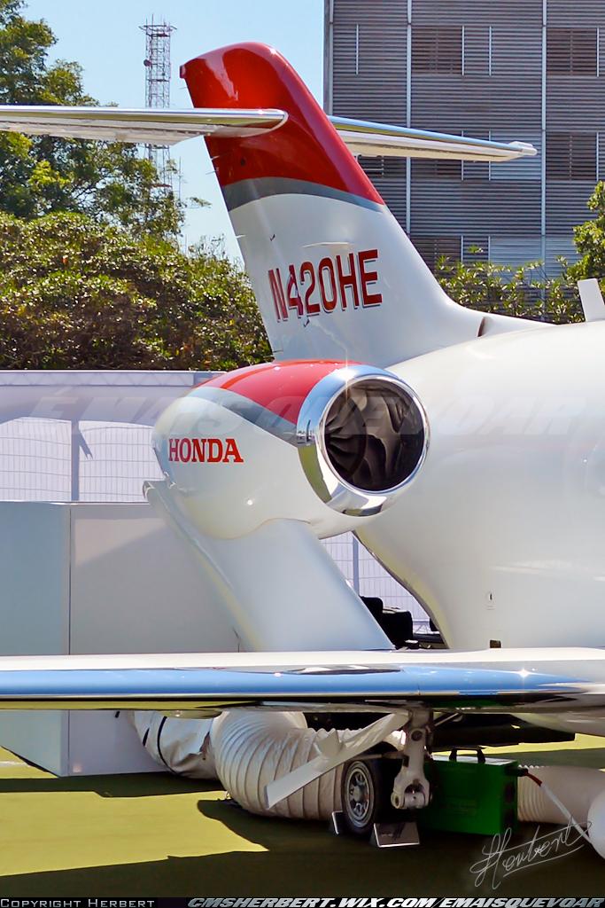 É MAIS QUE VOAR | HondaJet estreou na LABACE 2015 com encomendas