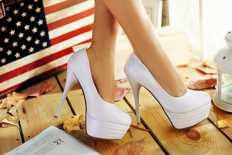Magníficos Zapatos de tacón alto