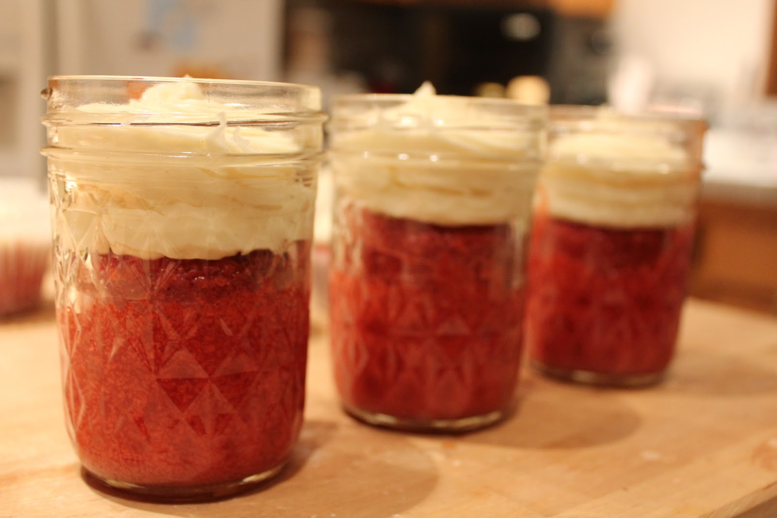 Crafty Christmas Club: Red Velvet Cupcakes in a Jar