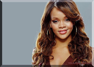 Rihanna Hot Wallpaper 2011