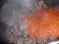 costilla con tomate