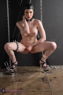 性感的成人图片 - rs-12-745859.jpg
