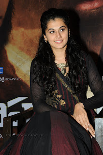 Taapsee latest Picturess at sahasam sm 015.jpg