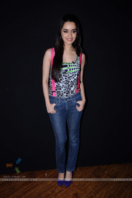 Shraddha Kapoor Long Straight Formal Hairstyle