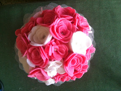 Ramo fieltro rosa boda