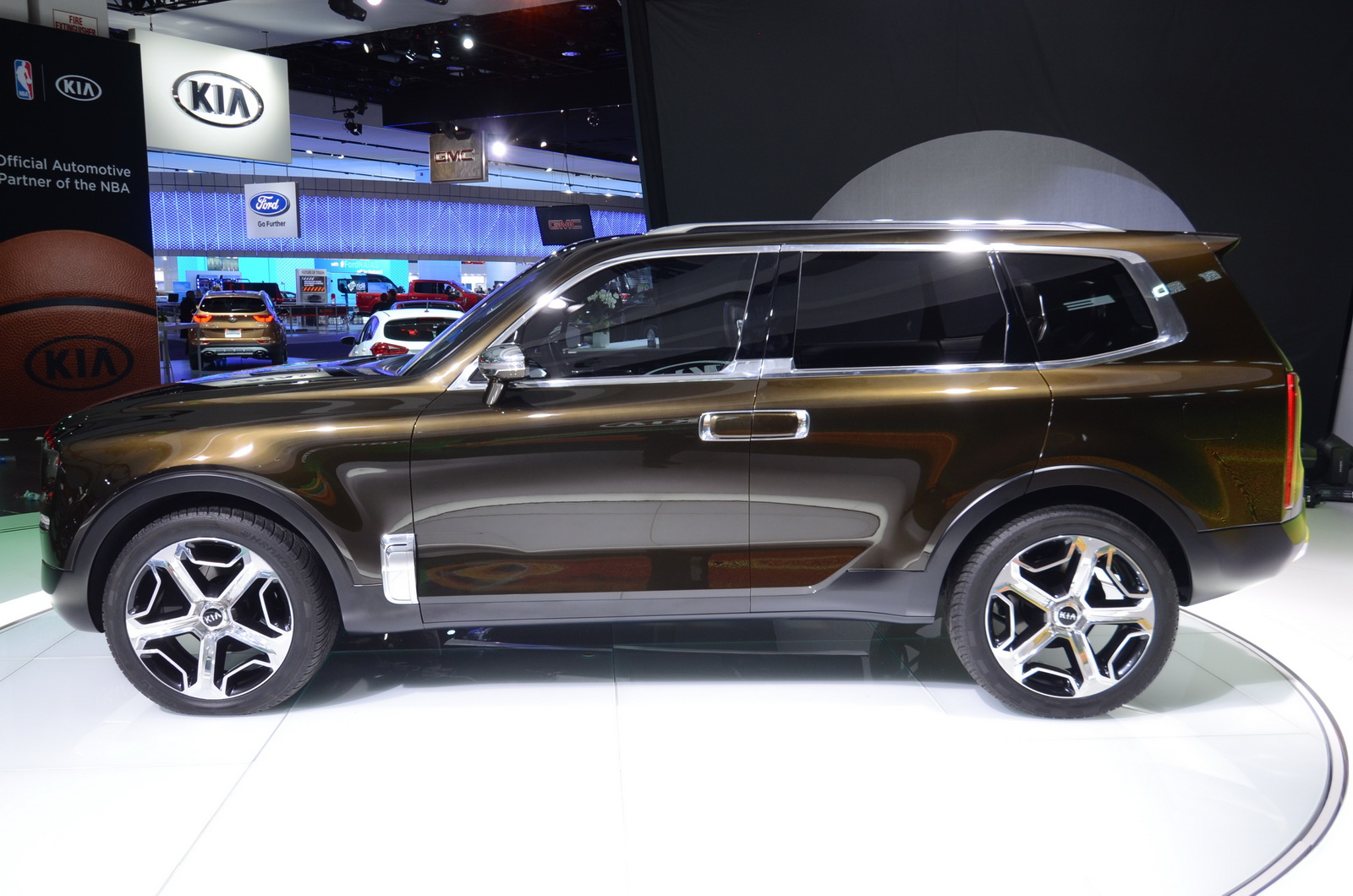 Boxy Kia Telluride Concept Looks Surprisingly Good In