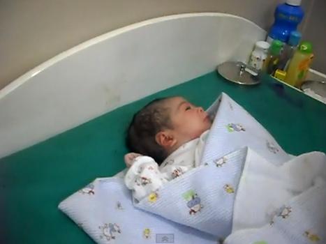 Vidoe Terbaru Tutorial Cara Perawatan Bayi yang Baru Lahir .