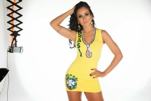 Dai Macedo posou para um ensaio inspirado na Copa do Mundo