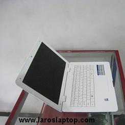 Jual Laptop 12'1 Inchi Mungil