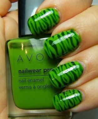 Green Stripe Polish Zebra Nail Tips