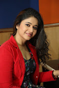 Poonam Bajwa at Radiocity fm station-thumbnail-6
