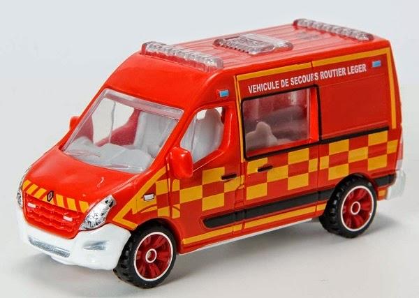 Matchbox Renault Master Ambulance Renault Master Ambulance
