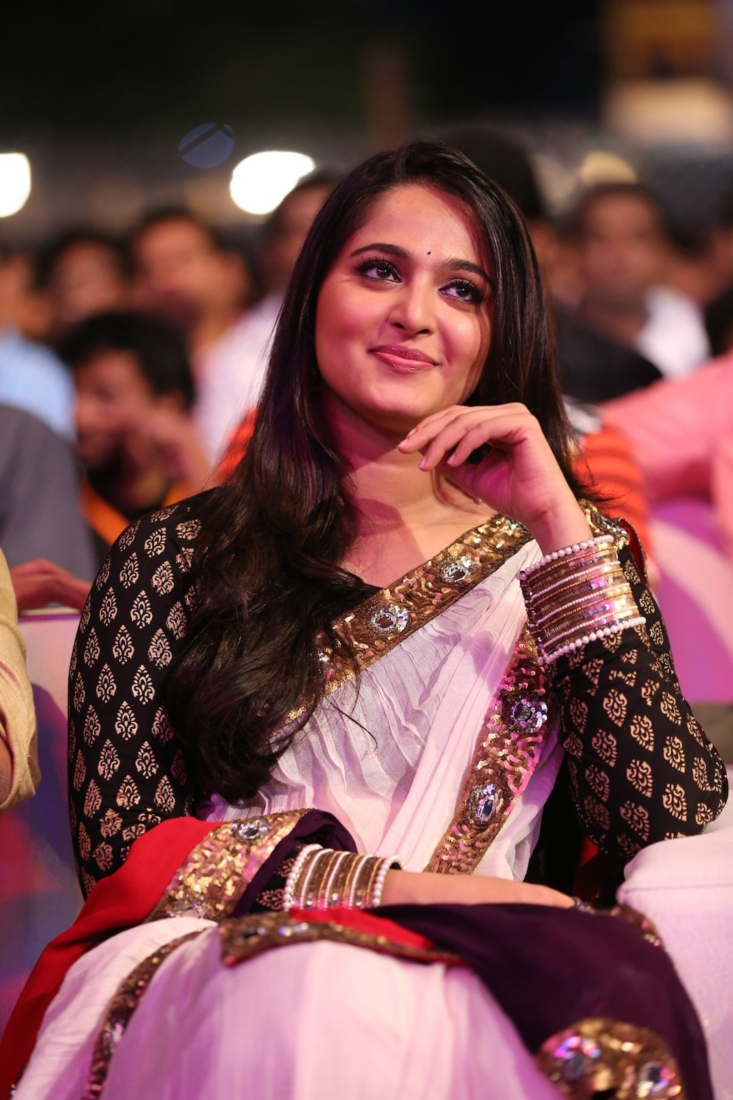 Anushka photos at Baahubali Audio launch-HQ-Photo-15