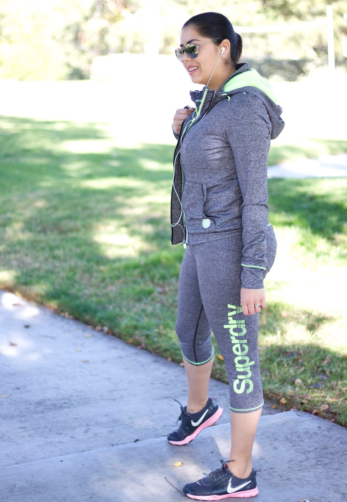 Superdry Working out Outfit, what to wear to the gym, superdry outfit, san diego style blogger, san diego blogger