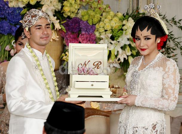 foto foto pernikahan raffi ahmad dan nagita slavina