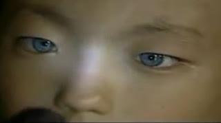 Ένα αγόρι έχει τρελάνει την επιστημονική κοινότητα επειδή έχει την ικανότητά να βλέπει κανονικότατα σε απόλυτο σκοτάδι!