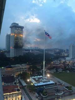 suasana cemas ibu pejabat bukit aman terbakar