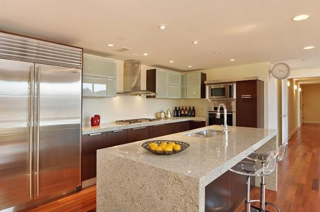 Casas minimalistas y modernas apartamento moderno en el for Pisos modernos para casas minimalistas