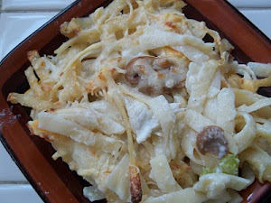 Chicken Fettucine Skillet (A Comfort Food Diet recipe)