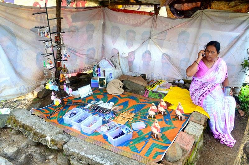 women shopkeeper India