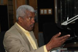 Daniel García Archibald denuncia extorsión de medios por parte del Gobierno