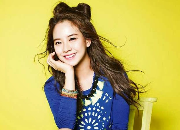 Song Ji Hyo picture