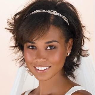 Весільну зачіску на коротке волосся