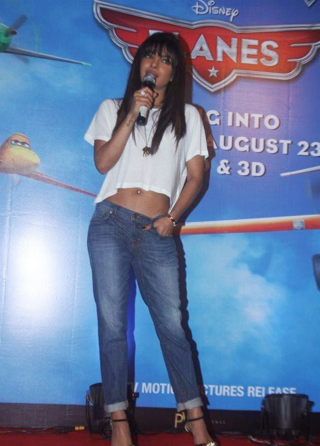 Priyanka Chopra sexy hot pics unseen rare real life pics showing her brown color belly hd sexy blue jeans pics