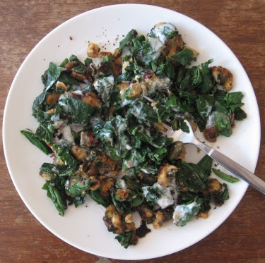 pan-fried white beans with spinach and yogurt