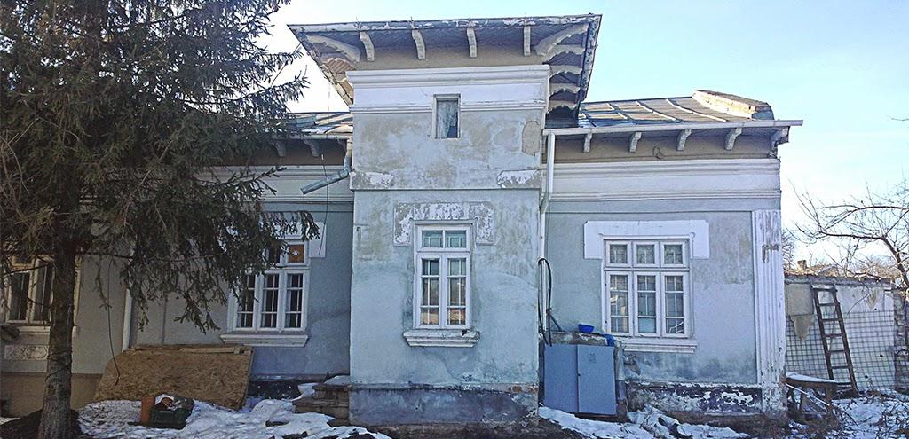 fatade case vechi reabilitate in stil neoromanesc cu proiect arhitectura