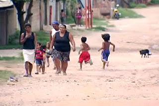 """Sem água, Luz e Esgoto, Bairro """"Pantanal"""" sofre com a inércia do Poder público"""