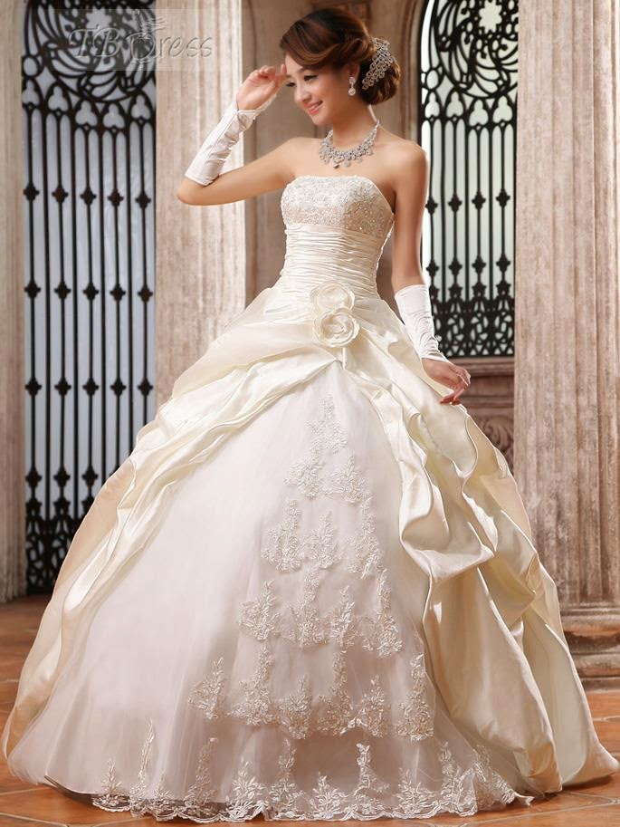 Rabia 39 s beauty diary black friday wedding dresses deals for Black friday wedding dresses