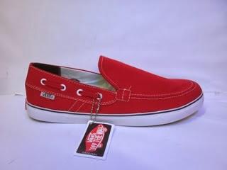 Sepatu Vans Zapato Slop  merah