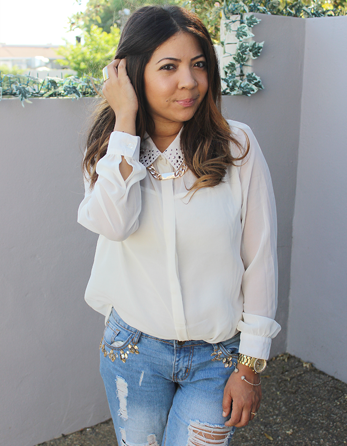 ripped boyfriend jeans, ootd, boyfriend jeans, sheer blouse, trapeze tote, nude block heels, ombre curls, blackcherry, fashion blogger cape town, thick gold chain