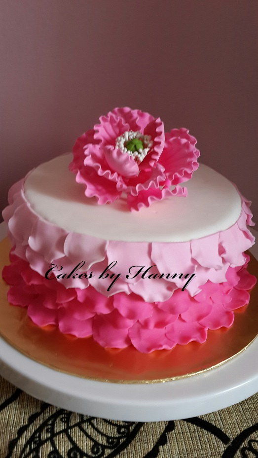 Rose Petal Cake Images : Cakes by Hanny: Rose petal cake - Engagement