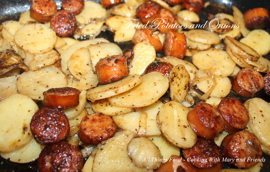 Fried Potatoes And Onions With Smoked Sausage