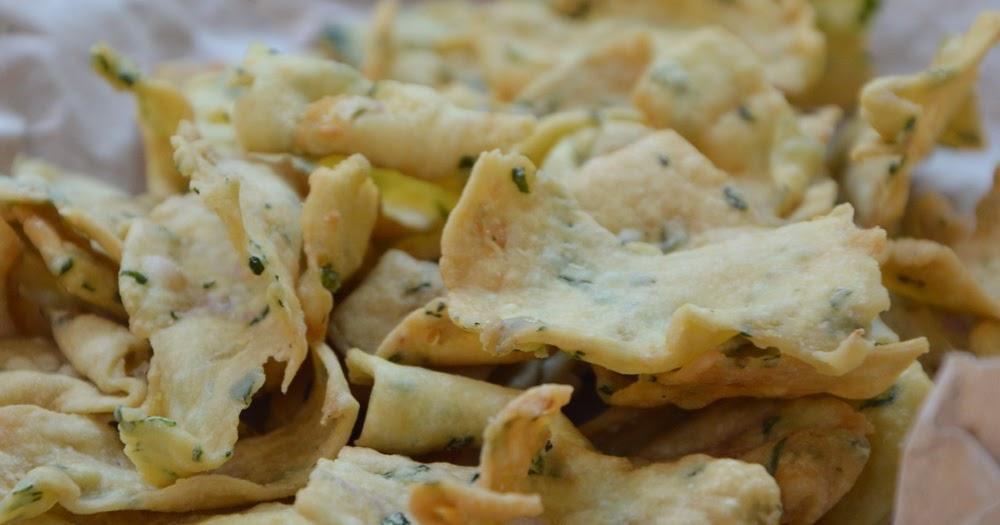 Diah Didis Kitchen Resep Kue Bawang Gurih dan Renyah