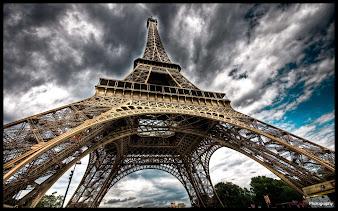 #9 Eiffel Tower Wallpaper