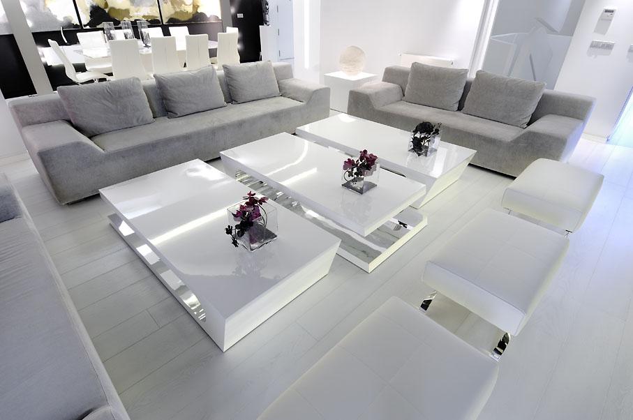 Hometrotter home style blog casa arredamento design for Casa moderna total white