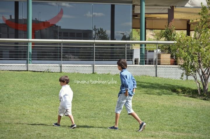 Mamá También Sabediferencia edad hermanos actividades
