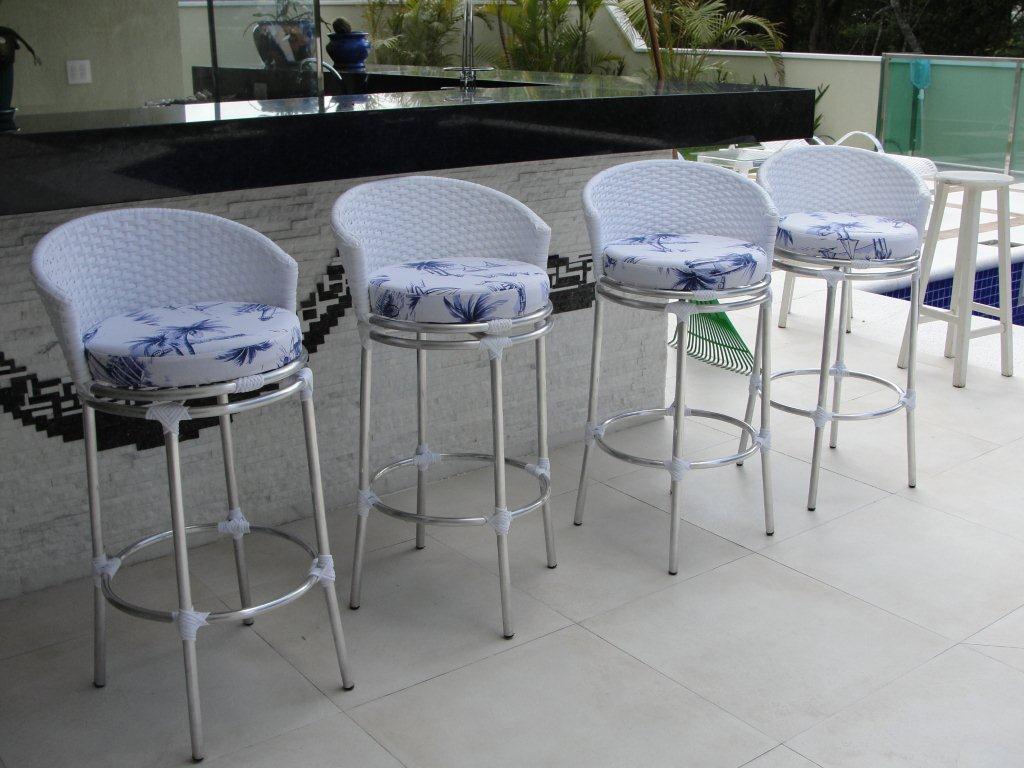 Móveis De Fibra Sintética Varanda De Apartamento Piscina E Jardim #3E4561 1024x768